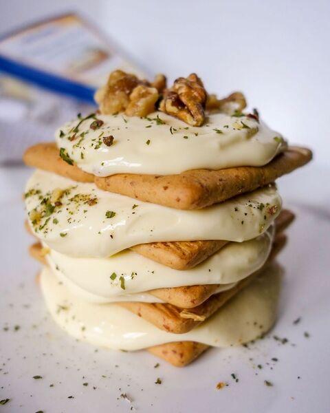 pyramid of crackers and alouette crème de brie