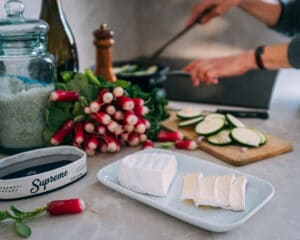 supreme small oval, radish and courgette cooking lifestyle