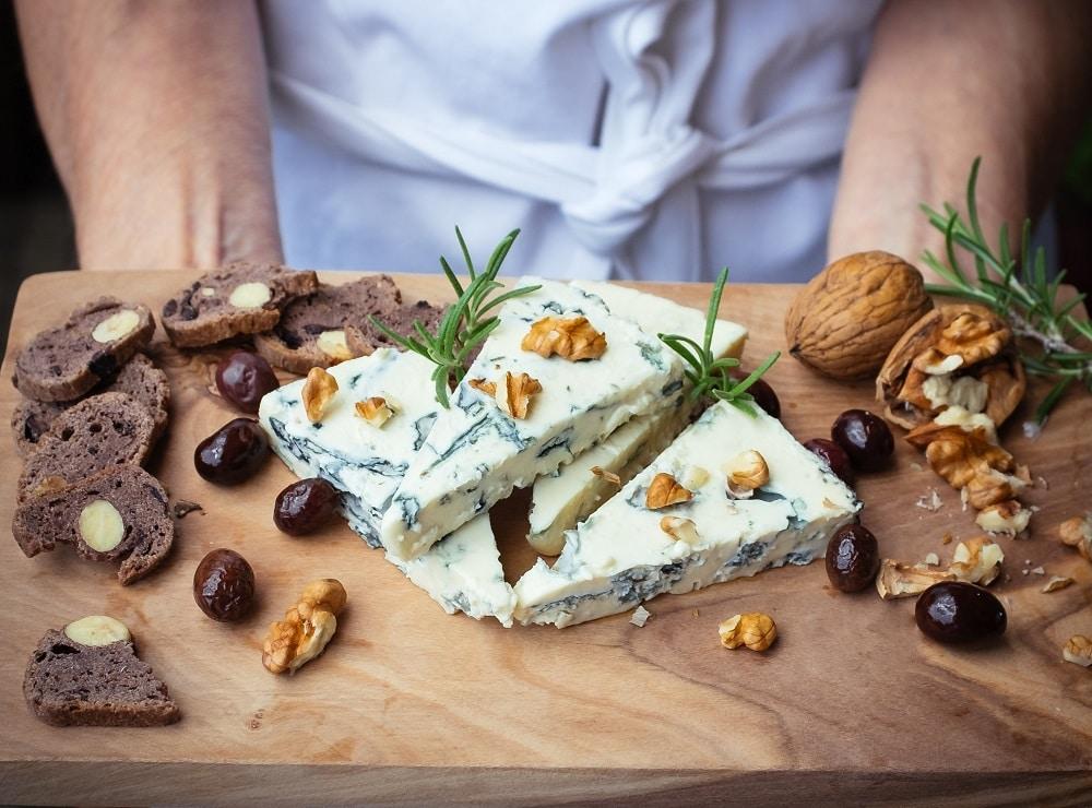 blog post blue cheeses saint agur rogue creamery